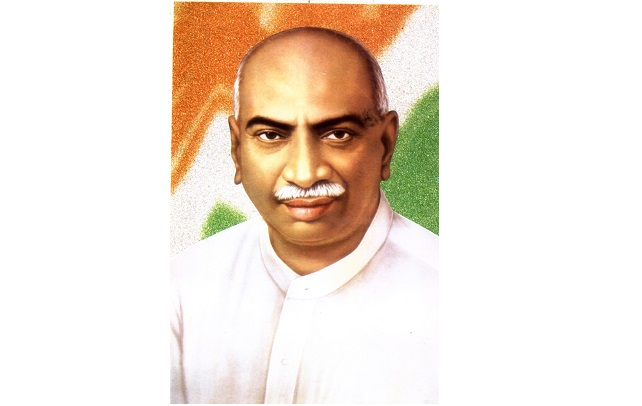 essays in tamil about kamaraj Kamaraj who born on 15 july, 1903, in virudhunagar of tamil nadu, form a trading family, was lived as integrity and simple himself he was a drop out from school, but.